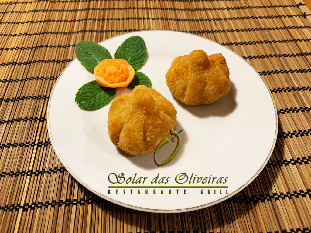 H04. Restaurante Solar das Oliveiras